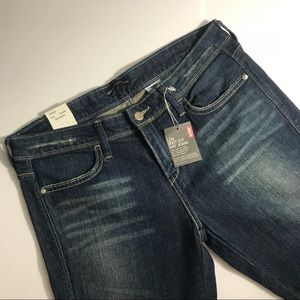 NWT Levi's Night Blues Low Bootcut Jeans Size 8